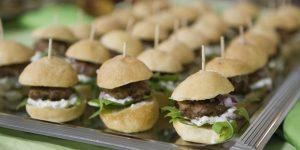 Ravintola Kulinaarin minihampurilaiset