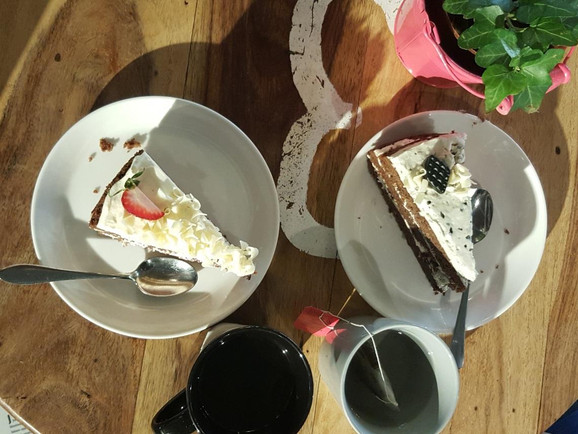 Kesäinen kakkukuva