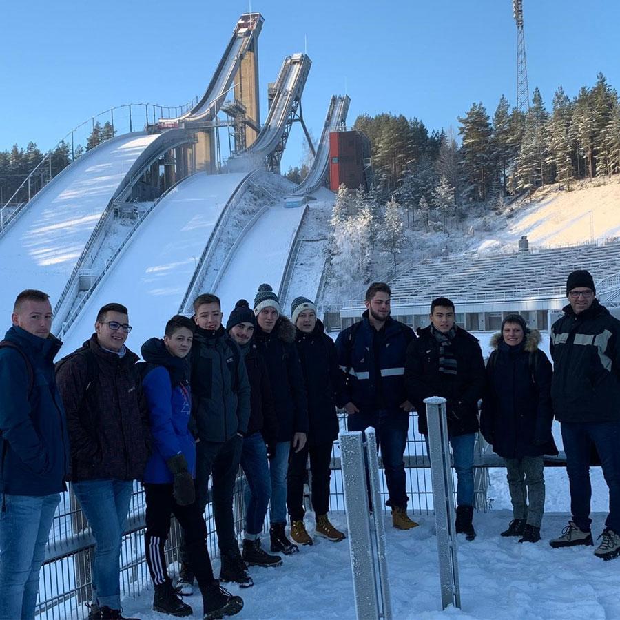 Logistiikan opiskelijat Lycée Rosa Park oppilaitoksesta Ranskasta työssäoppimassa Lahdessa joulukuussa 2019.