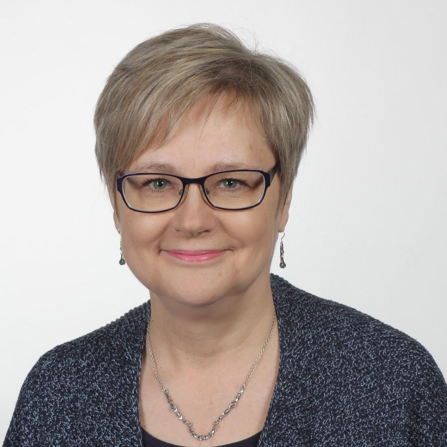 opetusalapäällikkö Tiina Muukka.