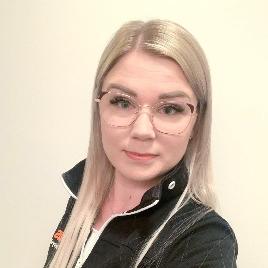 opintosihteeri Suvi Vainionpää.