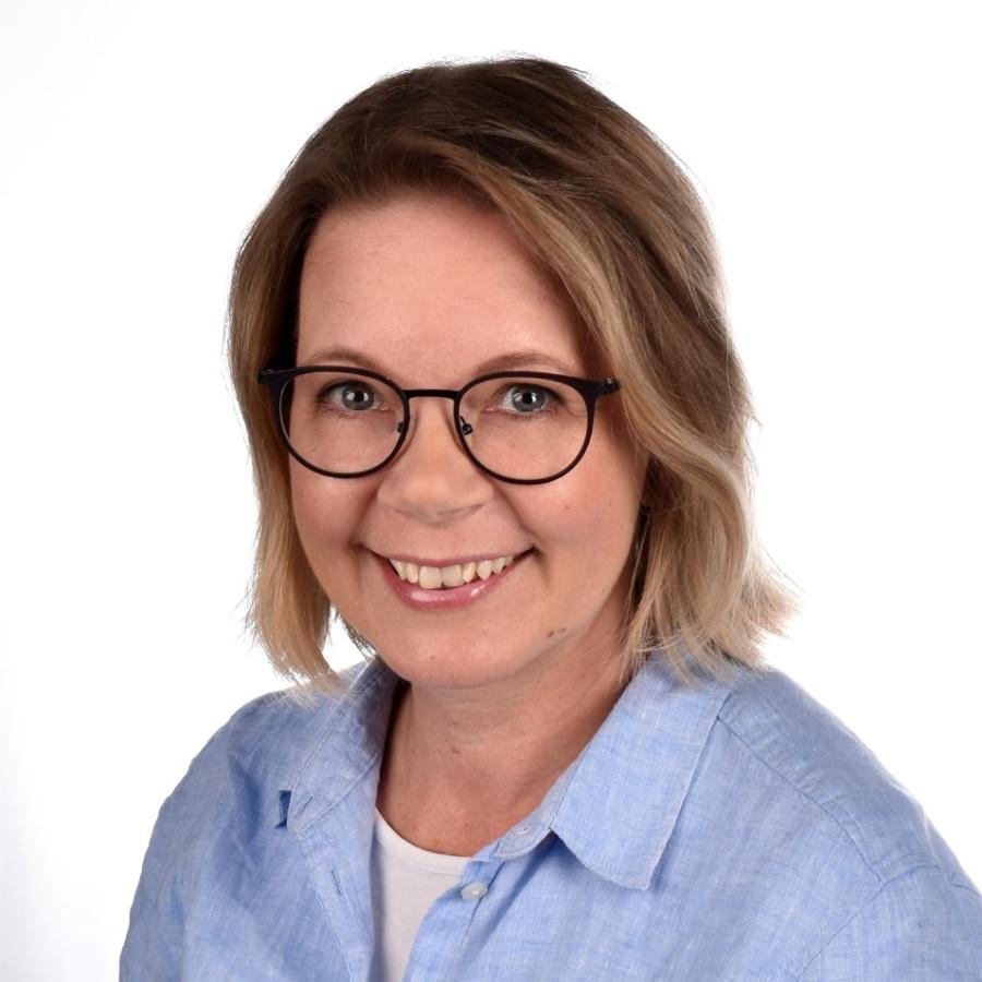 tuntiopettaja Kristiina Törö.